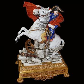 """Скульптура """"Наполеон на коне"""""""