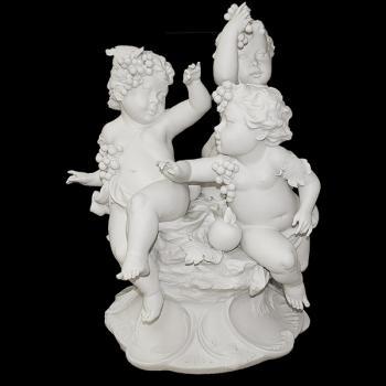"""Скульптура  """"Три ангела"""""""