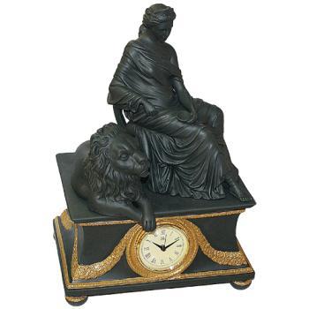 """Часы """"Дама и лев"""""""