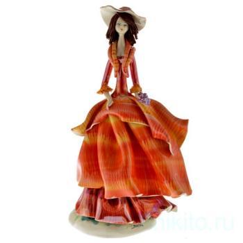 Дама в оранжевом платье с виноградом