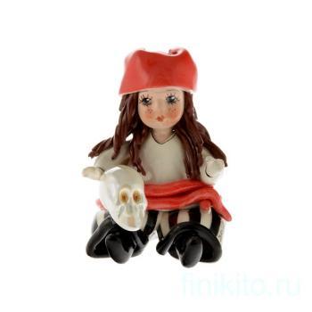 Девочка Пиратка