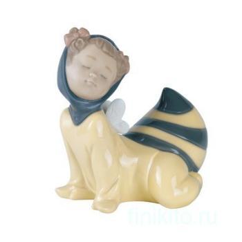 """Статуэтка NAO """"В костюме пчелы"""""""