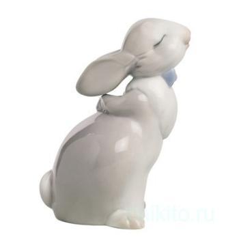 "Статуэтка NAO ""Поцелуй кролика"""