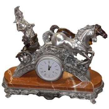 """Часы """"Колесница"""""""