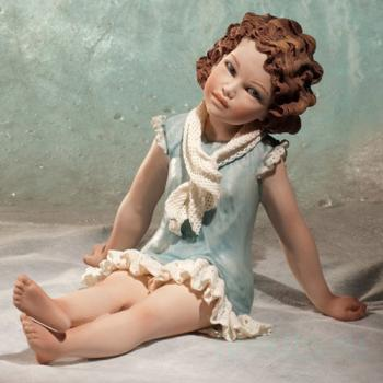 "Фарфоровая кукла ""Альба"""