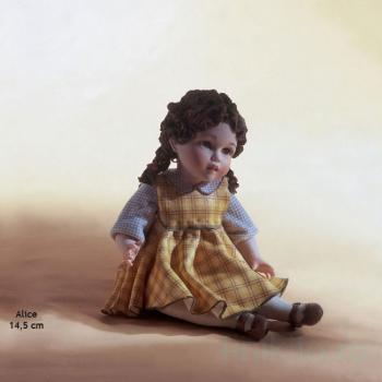 "Фарфоровая кукла ""Alice"""