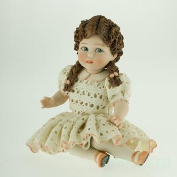 """Фарфоровая кукла """"Анита"""""""