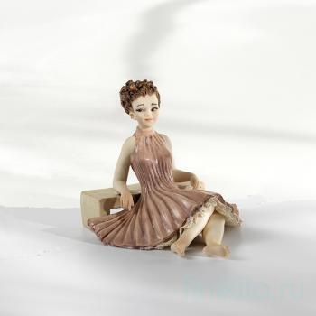 "Фарфоровая кукла ""Celine"""