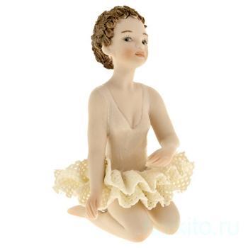 """Фарфоровая кукла """"Ester"""""""