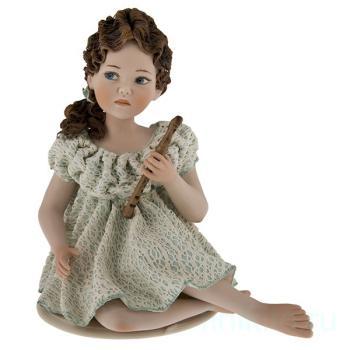 "Фарфоровая кукла ""Gaia"""