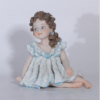 "Фарфоровая кукла ""Grace"""