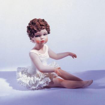 """Фарфоровая кукла """"Каролина"""""""