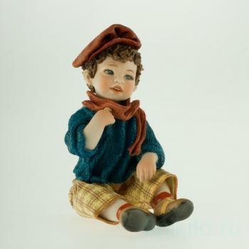 "Фарфоровая кукла ""Pierre"""