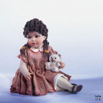 """Фарфоровая кукла """"Sofia"""""""