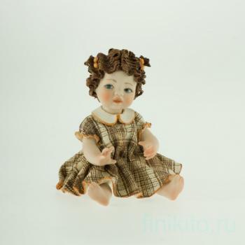 """Фарфоровая кукла """"Valentina"""""""