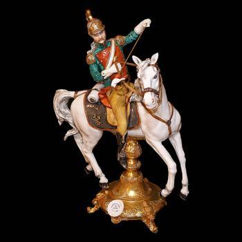 "Фарфоровая статуэтка ""Улан на белом коне"""