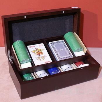 Игровой набор (карты с фишками)