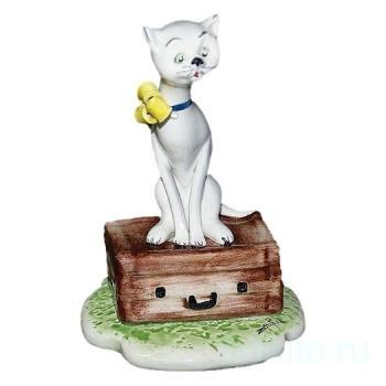"Скульптура ""Фрау кошка - путешественница"""