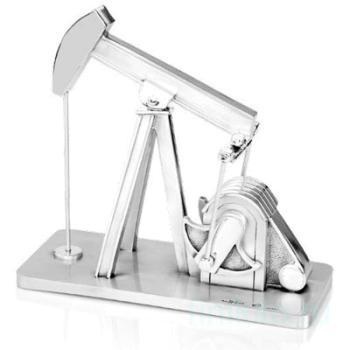 """Скульптура """"Нефтяная вышка"""""""