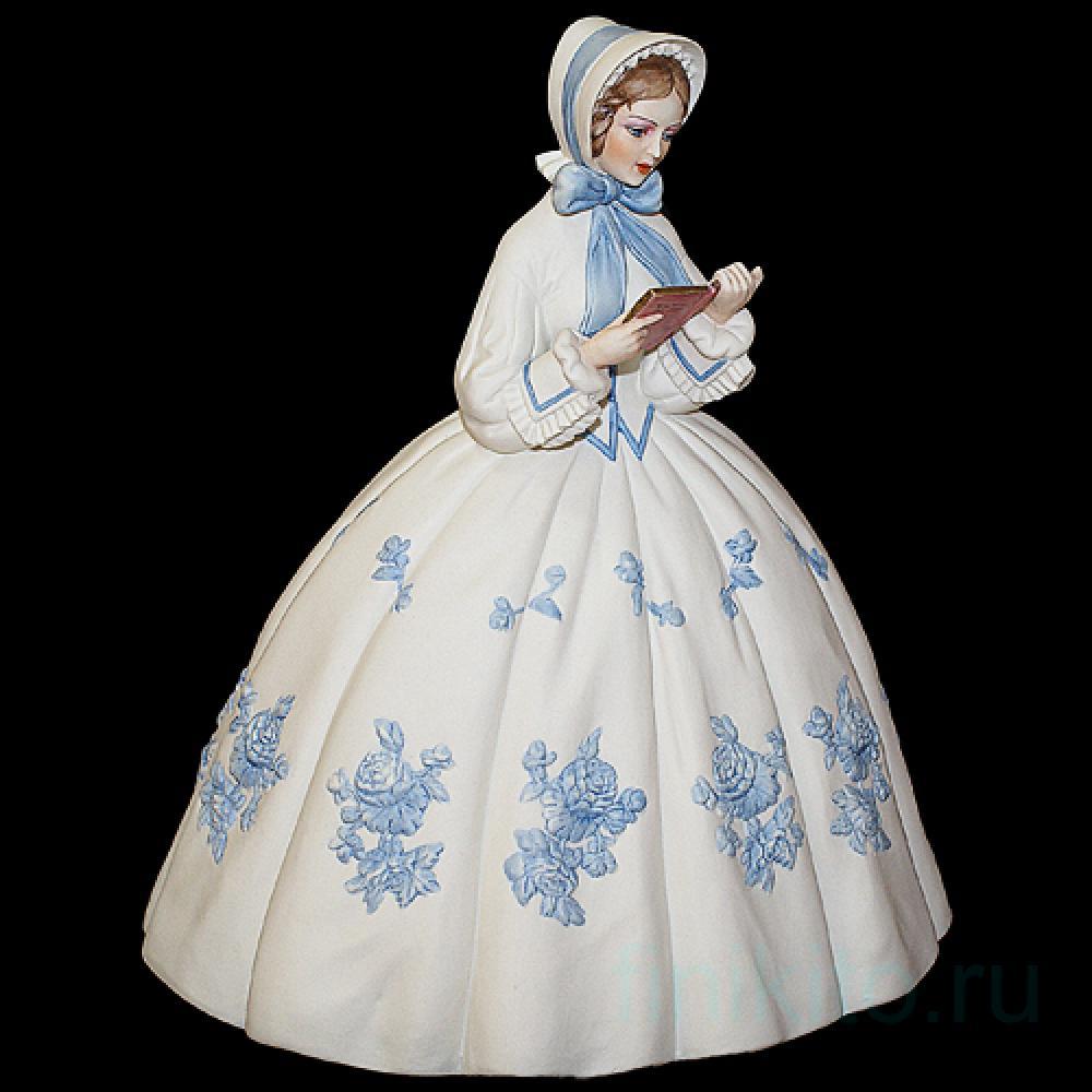 "Статуэтка ""Дама с книгой"""