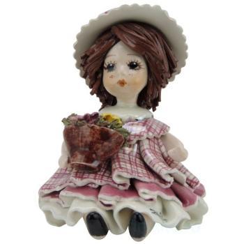 """Статуэтка """"Кукла держащая кашпо с цветами"""""""