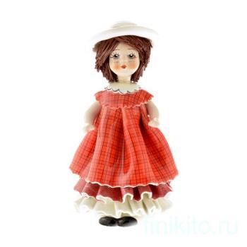 """Статуэтка """"Кукла с темными волосами в красном платье"""""""