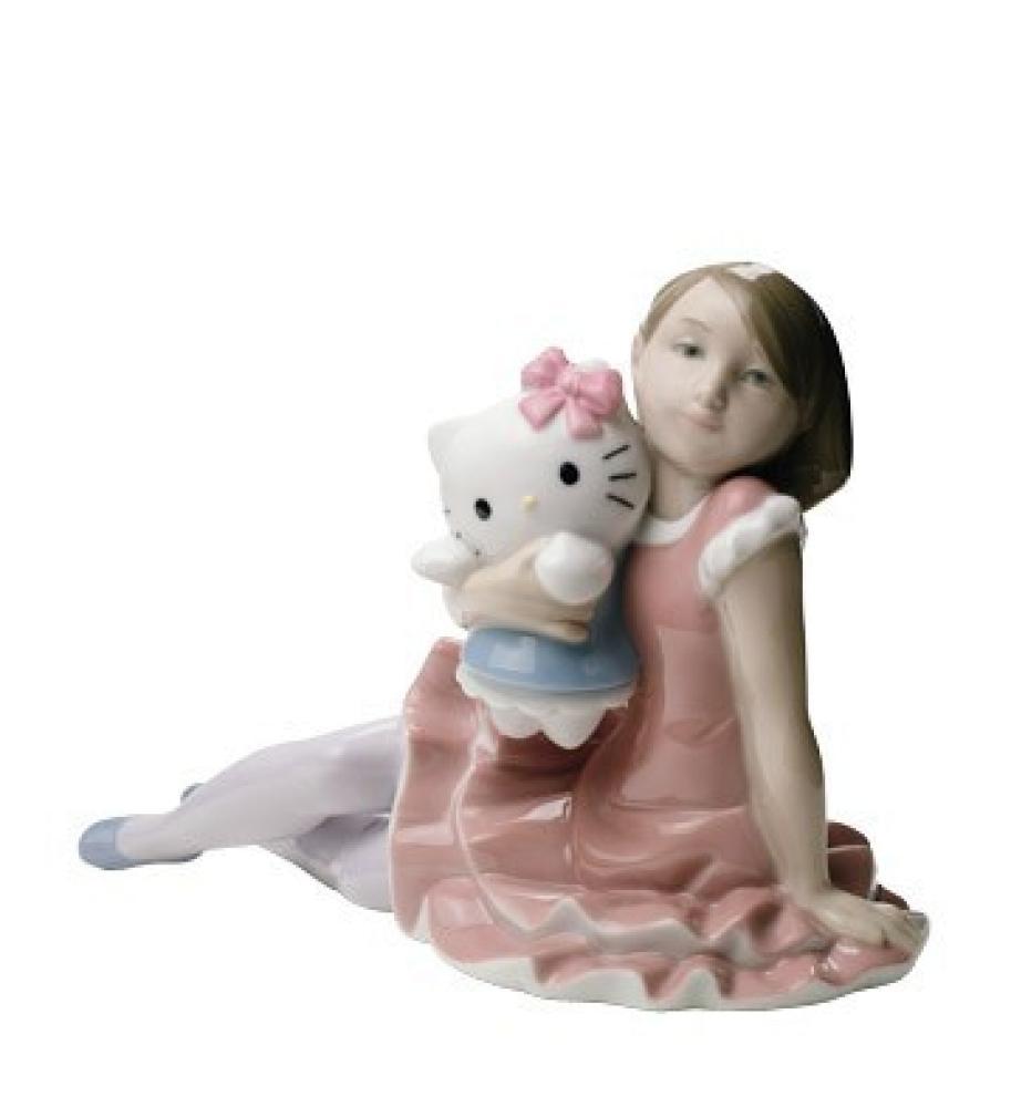 "Статуэтка NAO ""Играя с Hello Kitty"""