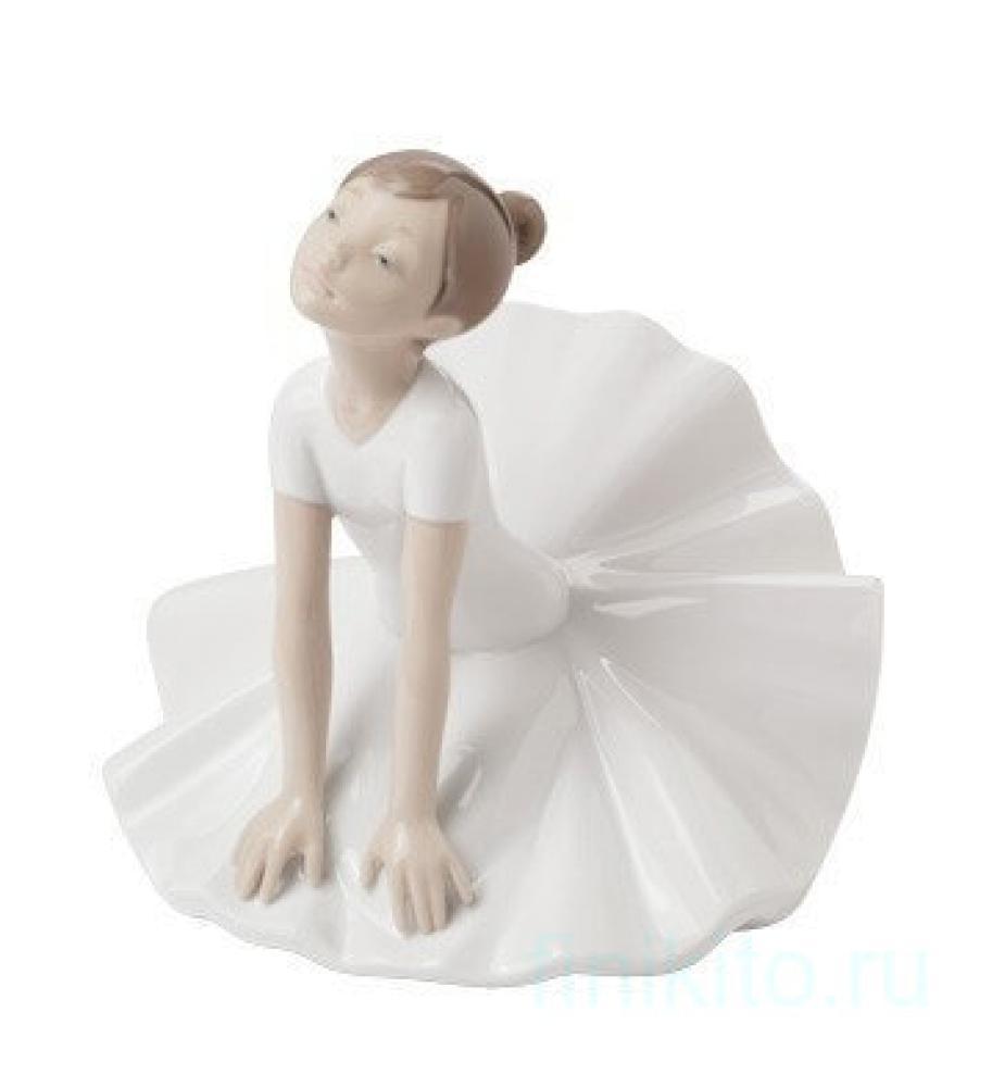 """Статуэтка NAO """"На уроке балета"""""""