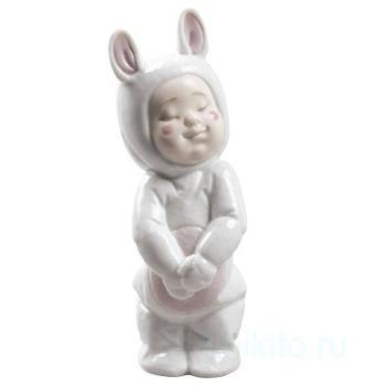 """Статуэтка NAO """"В костюме кролика"""""""