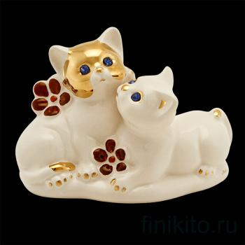 """Статуэтка """"Пара котят с цветами"""""""