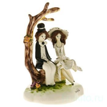 "Статуэтка ""Пара под деревом"""