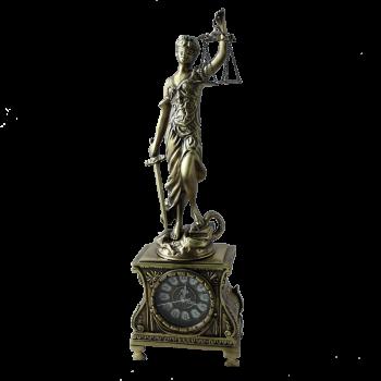 Часы Джустиса, антик
