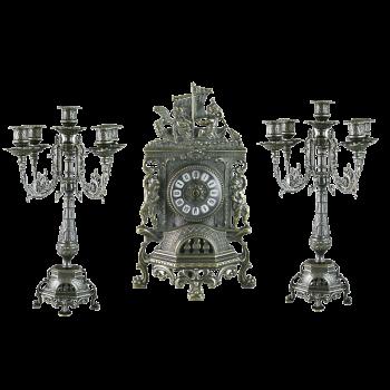 Часы каминные с канделябрами на 5 свечей, под бронзу