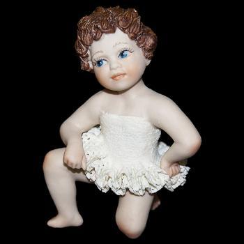 """Кукла """"Маленькая балерина слушает"""""""