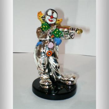 """Скульптура """"Клоун со скрипкой"""""""