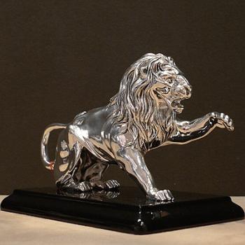 "Скульптура ""Лев"" на подставке"