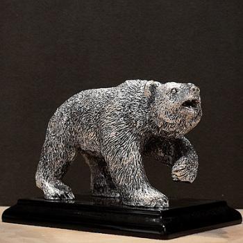 "Скульптура ""Медведь"" на подставке (сред.)"