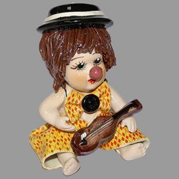 """Статуэтка """"Клоун - мальчик с гитарой"""""""