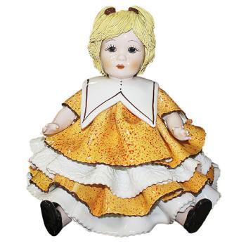 """Статуэтка """"Кукла с жёлтыми волосами """""""